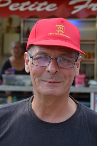 """""""Fête Des Normands - Tous ENSEMBLE Fête Des Normands 2017 à Saint-Philbert-sur-Risle (Eure ) - Organisateur La Chouque - Photo Chloé Sarah Herzhaft (libre de droit)"""